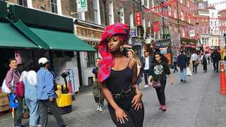 From London to New York, actress and model Phuti Khomo is living her best travel life. Pictures and videos: Instagram.