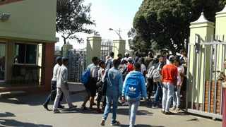 Senior management of the Durban University of Technology have condemned the use of live ammunition on students saying they would act swiftly once competent authorities have completed their investigations.  Picture: Zainul Dawood