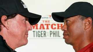 Phil Mickelson and Tiger Woods pose for a photo during a press conference before The Match: Photo: Kyle Terada-USA TODAY Sports/Reuters