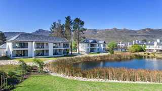 The Mantis Group, in partnership with Val de Vie Estate, is pleased to announce the development of Phase Two of the Pearl Valley Hotel. Supplied