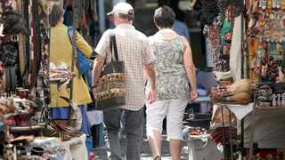 141024- Cape town. A scene at Green Market Square. Picture: Jason Boud/African News Agency (ANA) Archives
