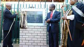 10/04/2013. President Jacob Zuma, Minister Sbu Ndebele and Kgosi Sekwati Mampuru at the official renaming ceremony of the Department of Correctional Services Pretoria Management Area to King Mampuru II Management Area. Picture: Oupa Mokoena
