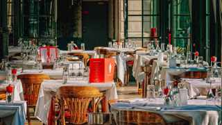 Thousands of South African restaurant and bar owners placed tables and chairs on the streets outside their premises on Wednesday in a nationwide protest against lockdown restrictions. Photo: Pixabay