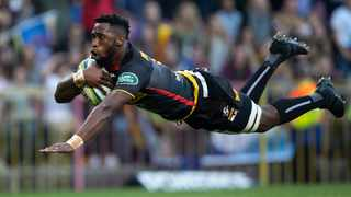 Siya Kolisi is set to lead his DHL Stormers in an exhibition match against English outfit Saracens in 2021. Photo: Nic Bothma/EPA