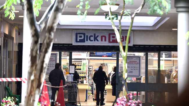 Many South Africans have never shopped online for essentials before, until the coronavirus pandemic hit our shores, which was then followed by a nationwide lockdown. Picture: Thobile Mathonsi/African News agency(ANA)