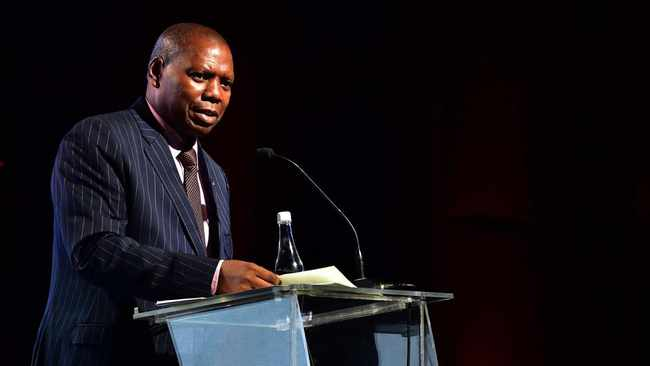 South Africa's Cooperative Governance and Traditional Affairs minister Zweli Mkhize says residents must make sure that they keep their immediate surroundings clean. Picture: Supplied/GCIS