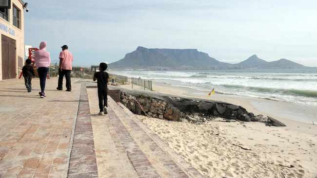 Residents and other stakeholders will be able to gain insight on the City draft by-law aimed at protecting Cape Town beaches.     Armand Hough  African News Agency (ANA)