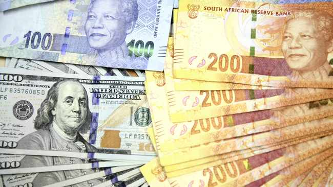 The rand dipped on Tuesday, ahead of gross domestic product (GDP) data that is expected to show a weak third-quarter performance. Photo: Reuters