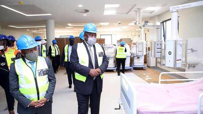 PRESIDENT Cyril Ramaphosa and KZN Premier Sihle Zikalala inspect the Royal Showgrounds quarantine site in Pietermaritzburg, where 254 beds have been made available for the fight against #COVID19. The president visited both Durban and Pietermaritzburg yesterday.  I  GCIS KZN