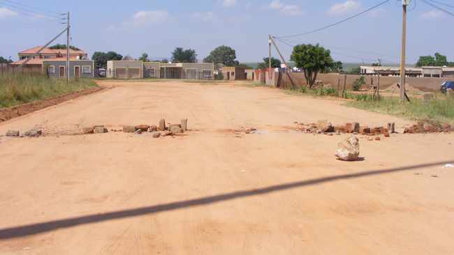 PICS: Protest over lack of water leaves parents worried in Mpumalanga