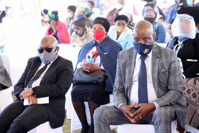13 family members who died in KZN taxi crash buried in Bulwer, Newsline