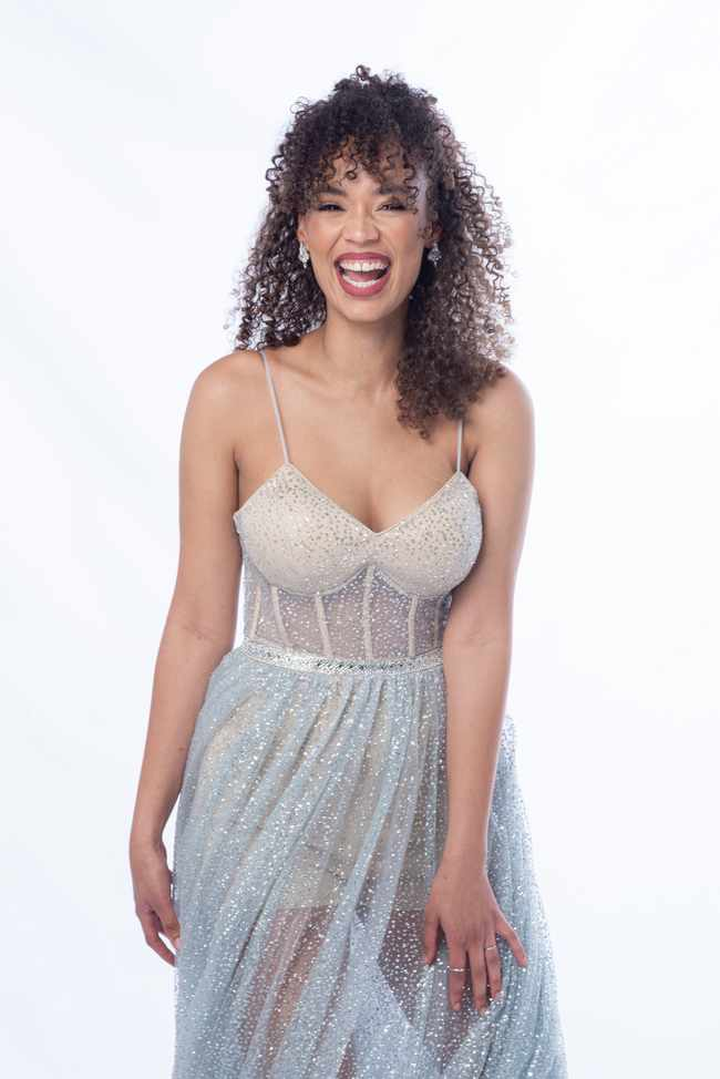 fd550e48 9433 56c4 9ef6 da7d58aaff1e - Qiniso Van Damme on representing 'brown girls' in 'The Bachelorette SA'