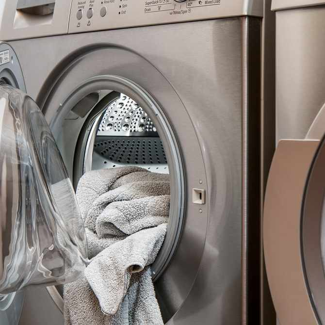 How to tell if your laundry detergent is messing with your skin