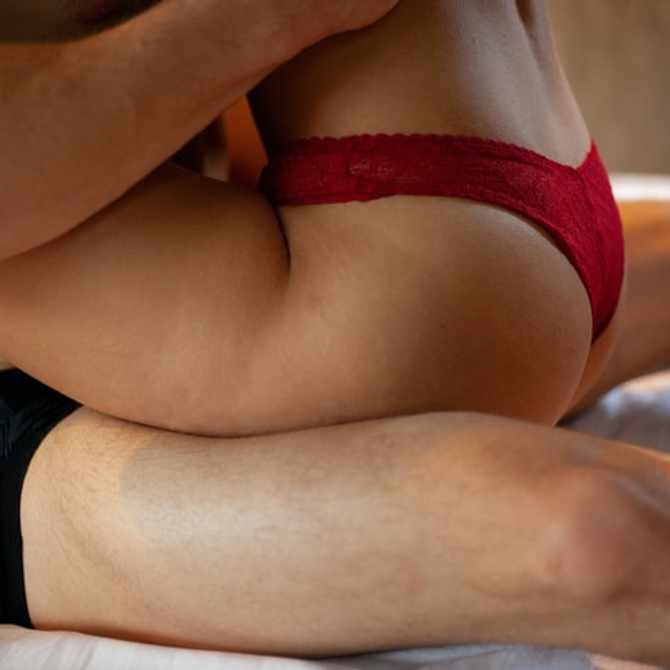 Morning or night sex? Science may have the answer