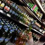 cefad7a6 883c 57ce 8755 96ba93f4bbd7&operation=CROP&offset=487x0&resize=1391x1392 - Alcohol can raise breast cancer risk, specialist warns
