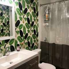 Bathroom wallpaper: How to install it and more do's and don'ts
