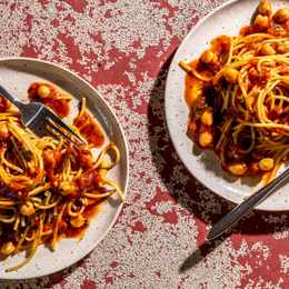 Instant Pot spaghetti delivers a saucy dose of nostalgia, with little hands-on effort