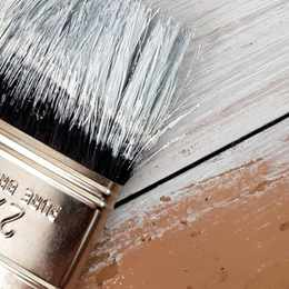 5 DIYS THAT REQUIRE ONLY A CAN OF PAINT AND A BRUSH
