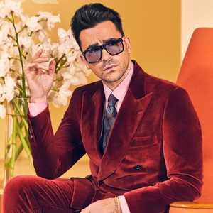 Dan Levy outshone the Golden Globes as the first man in Valentino Couture