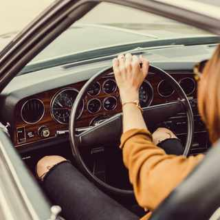 10 fuel-saving tips every driver should know
