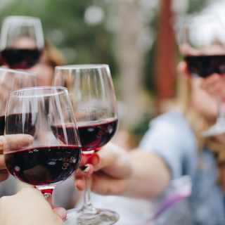 How to host a wine tasting at home