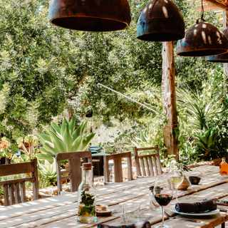 Tips for creating an alfresco dining space