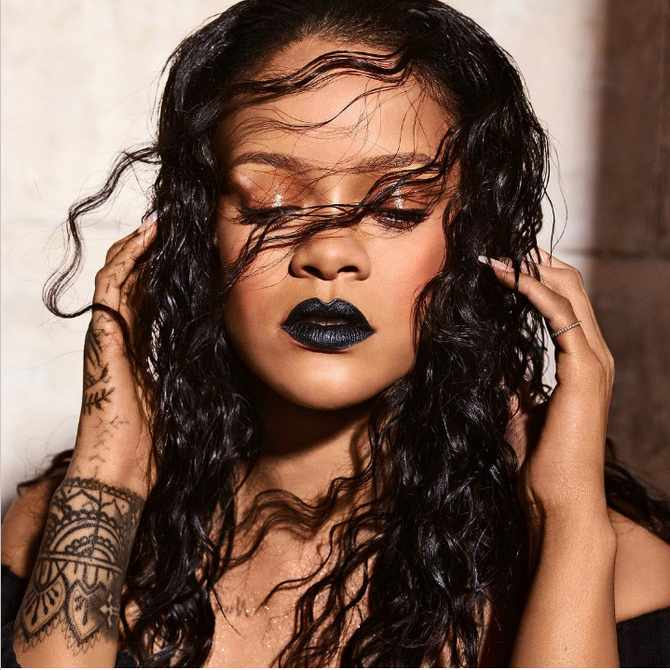 Are you brave enough to jump on the black lipstick trend that's currently taking off?