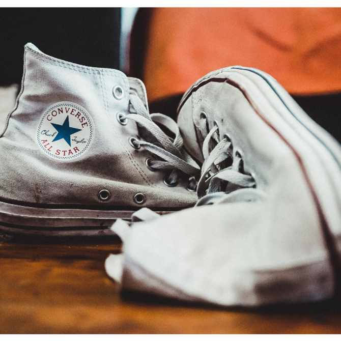 Check out these 5 simple tricks to keep your Converse All Stars white