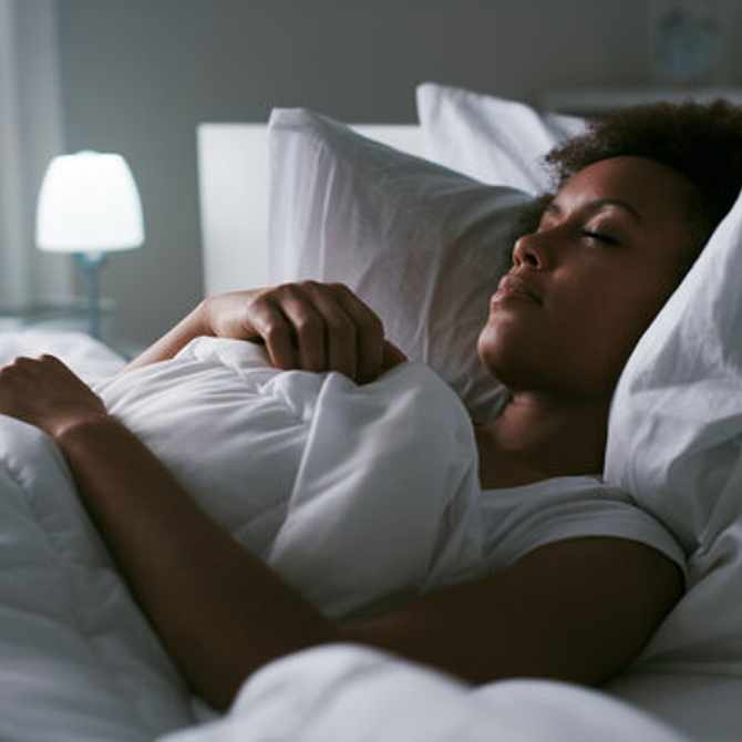 Here's what 8 hours of sleep does for your skin (in case you need another reason to hit snooze)