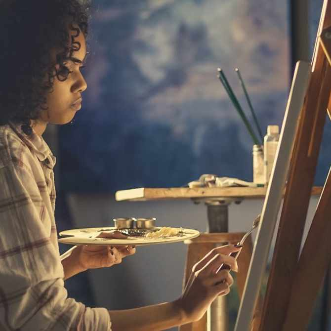 Here's why you should try art therapy