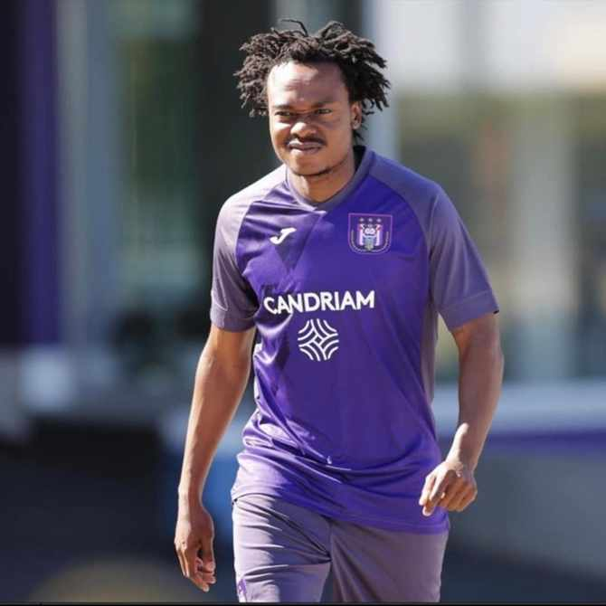 Percy Tau one step closer to re-joining Pitso Mosimane at Al Ahly