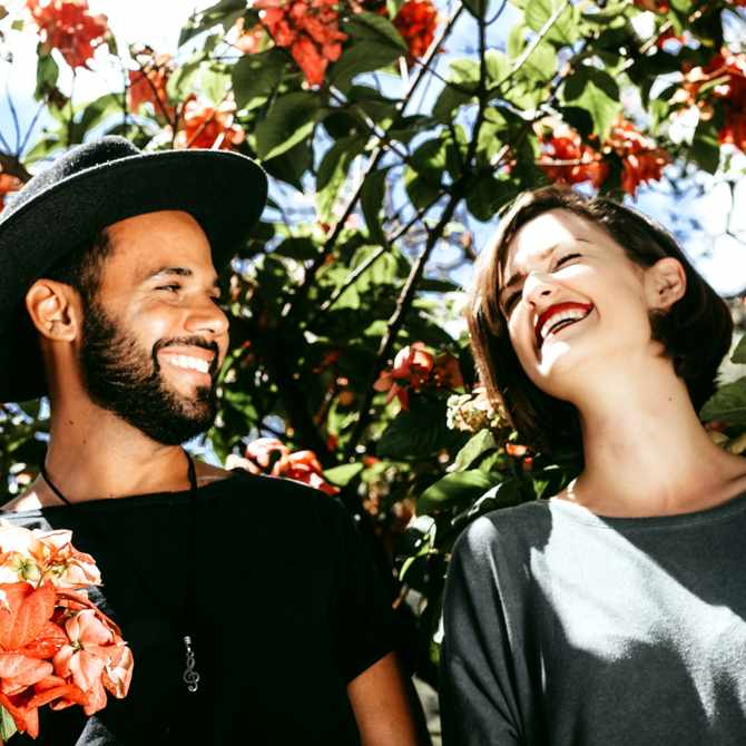 8 Relationship tips couples therapists are giving all the time right now