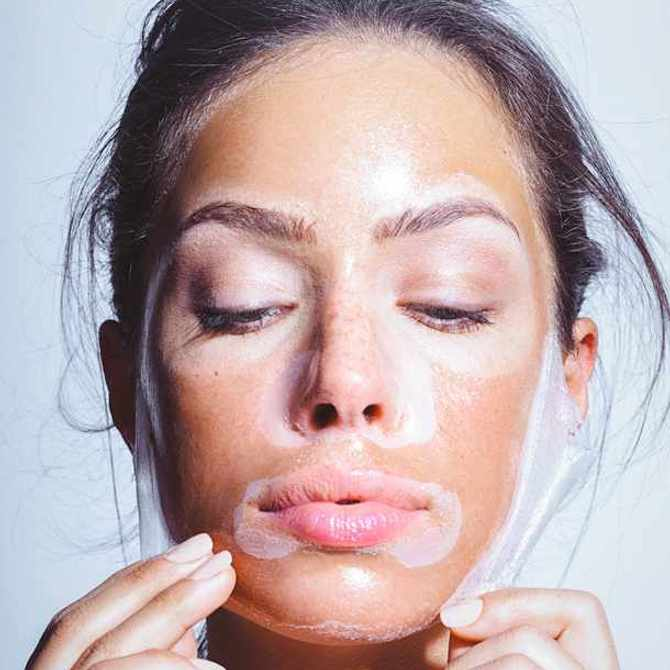 Sustainable beauty! Here is how to create a DIY sheet mask