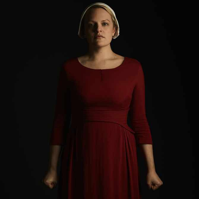 7 things you should know about The Handmaid's Tale lead actress Elisabeth Moss